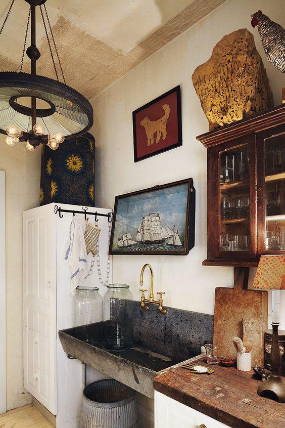 Thegardenershouse-goldaccents-interiordesign12