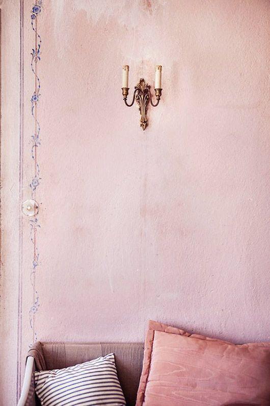 Thegardenershouse-blushpinkdecor08